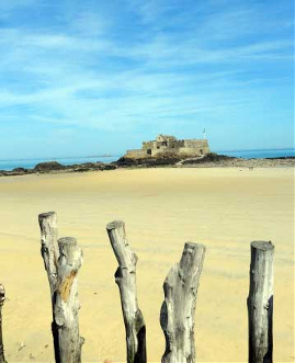 The beach at St Malo